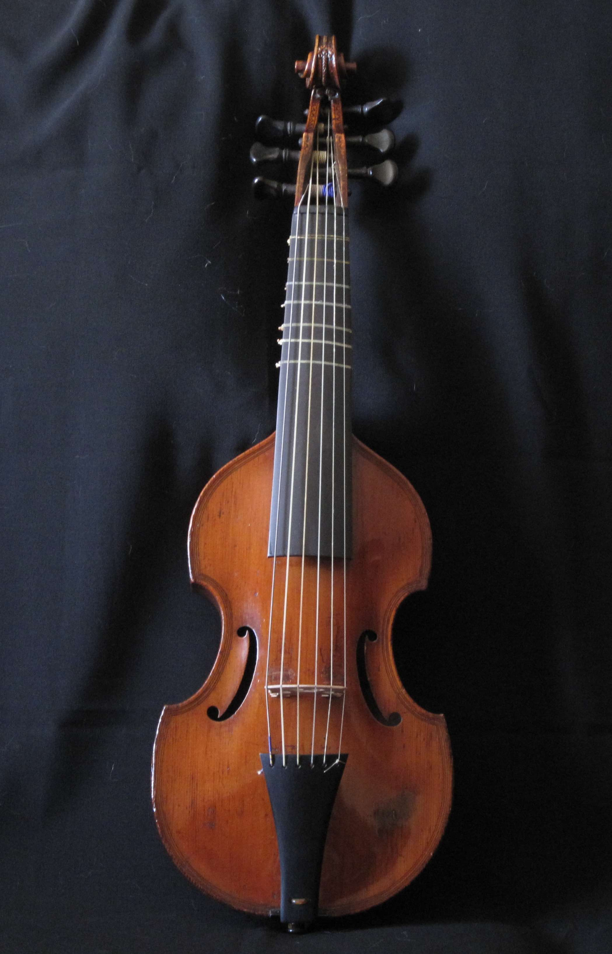 Six string pardessus front